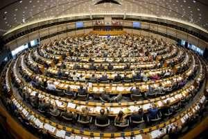 Tensione a Strasburgo per il voto sul copyright